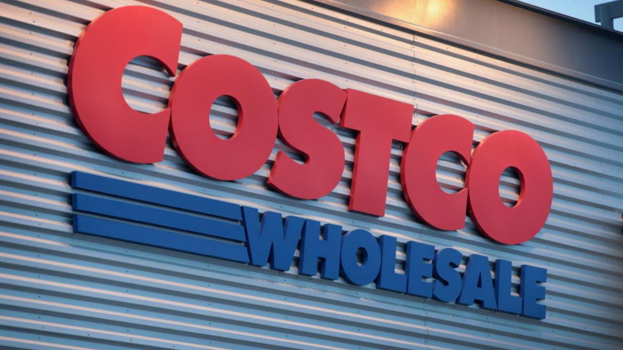 Costco employee in Alaska accused of racking up $10K in
