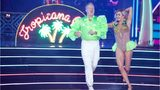 Sean Spicer wears lime-green ruffles, dances to Spice Girls on 'Dancing With the Stars'
