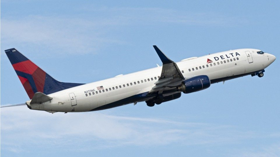 Delta Air Lines hiring 12,000 employees through 2020