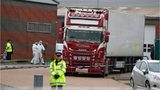 39 bodies found in truck container in England